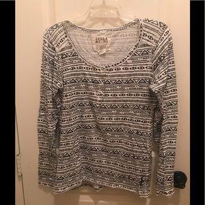 Billabong Blk/Wht long sleeve T-shirt Size Large